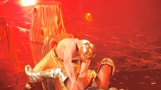 getlinkyoutube.com-Nicki Minaj Anaconda Live The Pinkprint Tour Leeds 2015