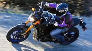 getlinkyoutube.com-2014 Yamaha FZ-09 - Triple-Cylinder Shootout Part 2 - MotoUSA