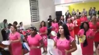 getlinkyoutube.com-Ás Irmãs do Pandeiro - Muralhas de Jericó