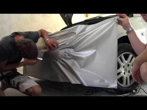 Envelopando um Peugeot 307 de prata metálico fosco