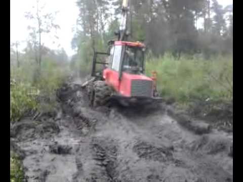 Zrywka w lesie Forwarder Valmet 840.4