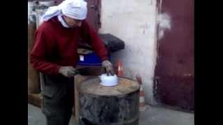 getlinkyoutube.com-Печка на отработке своими руками из бочки 200 л. без использования сварки  за 2 часа.