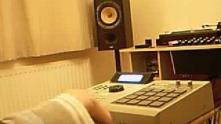 getlinkyoutube.com-Making Old Skool sounding house music