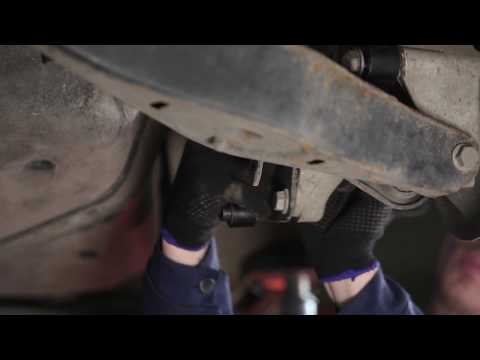 How to replace rear Anti Roll Bar Link on VW PASSAT B6 TUTORIAL | AUTODOC