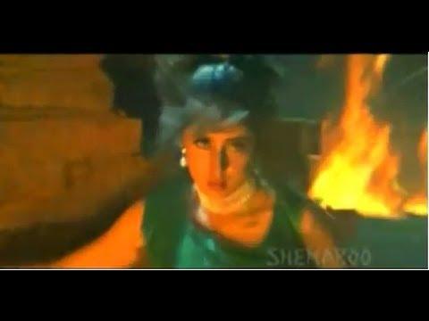 Sexy Urmila Matondkar in Money Money- Paadu Kaburu Vinagaane song