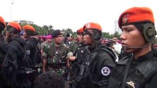 getlinkyoutube.com-Panglima TNI Pimpin Apel Gelar Pasukan Pengamanan KTT OKI