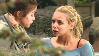 sophie and sian cute moment