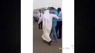 getlinkyoutube.com-تحشيش اركض اخوي عامر