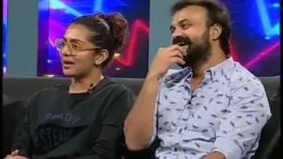 Actress Parvathy kissing Kunchako