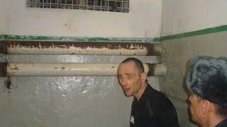 getlinkyoutube.com-Как встречают новичков в тюрьме