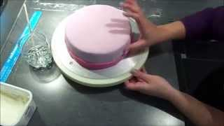 getlinkyoutube.com-Hello Kitty Torte