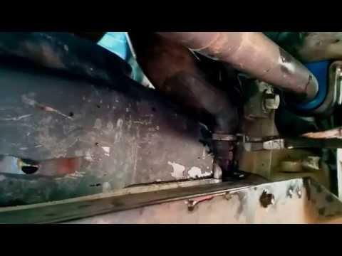 2002 to 2013 Jeep Cherokee KJ Radiator Antifreeze (coolant) Flush