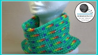 getlinkyoutube.com-Easy Reversible Cowl Crochet Tutorial