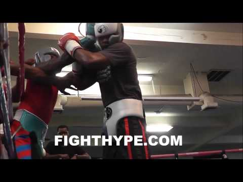 Adrien Broner Intense Sparring Session At Mayweather's Gym;