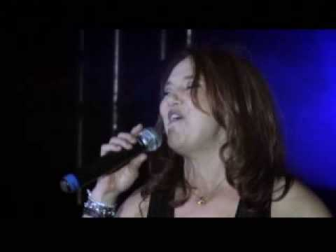 """Ain't No Mountain High Enough"" - Cynthia Manley with Rod Hanna Band - Brazil 2008"