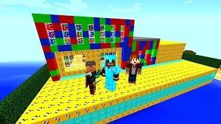 getlinkyoutube.com-Minecraft Lucky Block Red VS Blue VS Green Mod