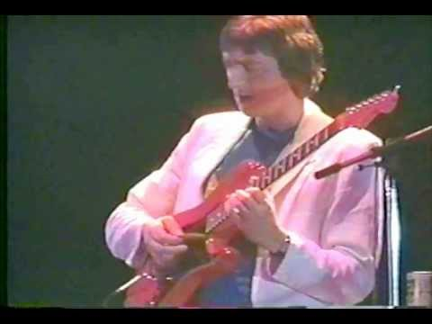 Allan Holdsworth live in Tokyo 1984