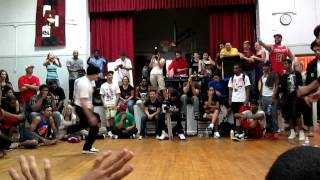 getlinkyoutube.com-Bboy Napalm (Universal Alchemy/LOZ) vs Shorty (Brickheadz)