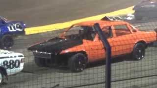getlinkyoutube.com-Foxhall Stadium - Unlimited National Banger World Final 2015