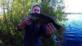 Bank Bass Fishing (Lake Boivin, Ganby, QC) Pêche à l'Achigan de la Berge