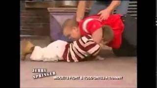 2 midgets fighting for a girl!