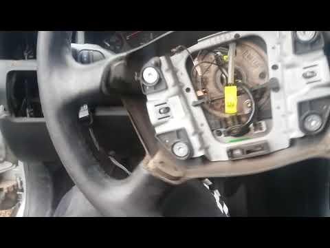 Как снять руль на Audi A6 C5