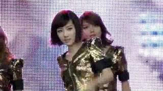 getlinkyoutube.com-110417 (Taeyeon Incident!) Fancam SNSD Run Devil Run @ Angel Price Music Festival