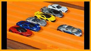 getlinkyoutube.com-Hot Wheels Bugatti Veyron vs 6 Hypercar Exotics