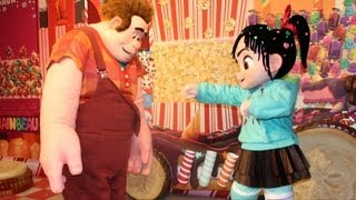 getlinkyoutube.com-Wreck It Ralph Meet & Greet, Disney's Hollywood Studios at Walt Disney World - Ralph, Vanellope