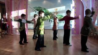 getlinkyoutube.com-Шикарный танец в детском саду (короли ночной Вероны)