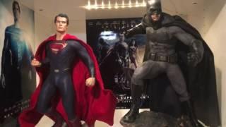 getlinkyoutube.com-Sideshow Batman vs Superman Batman premium format statue unboxing and review