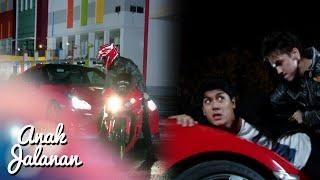 getlinkyoutube.com-Boy Jago Banget Lawan Geng Mobil Spyder [Anak Jalanan] [15 Feb 2016]