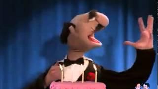 getlinkyoutube.com-Happy Birthday (Opera) Augurissimi Sinceri muppets luca.mp4