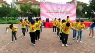 getlinkyoutube.com-Trống cơm - Dân vũ quốc tế