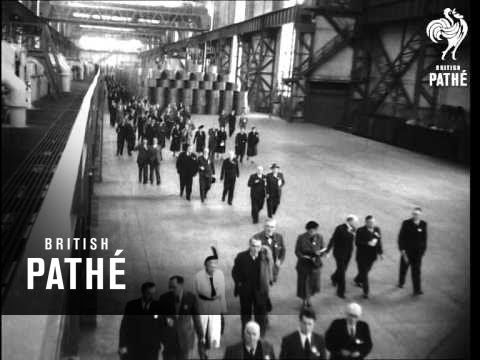Minister Of Supply Visits Trostre Works (1952)