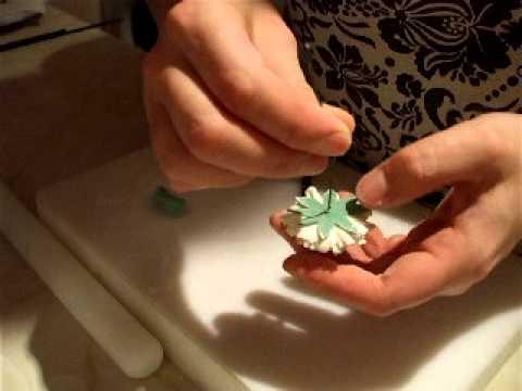 Jak zrobić kielich gwiazdnika z lukru plastycznego