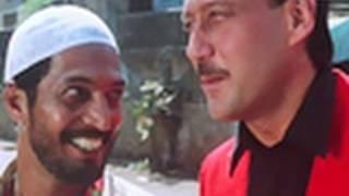 getlinkyoutube.com-Jackie Shroff shows his rowdy side   Gang