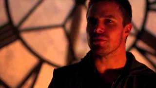 "Oliver & Felicity: ""Keep Holding On"" by Avril Lavigne"