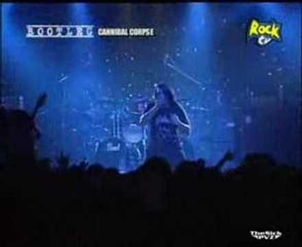 cannibal corpse- addicted to veginal skin (live)