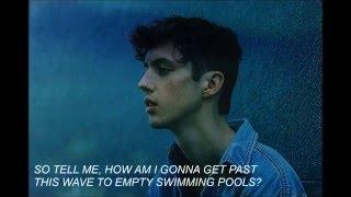 getlinkyoutube.com-Troye Sivan - Swimming Pools (Lyrics+Audio)