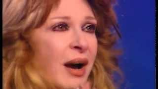 getlinkyoutube.com-شاهد بكاء نيللى اثناء الحديث عن والدتها المتوفية وتصرح حب الناس اغلى نعمة عندى وبشكر ربنا عليها