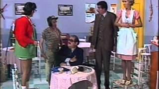 getlinkyoutube.com-Chaves - Caça ao rato (1979) partes 1 e 2