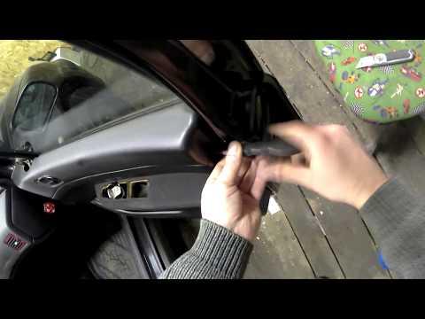 Как снять обшивки с передней и задней дверей на Peugeot 307