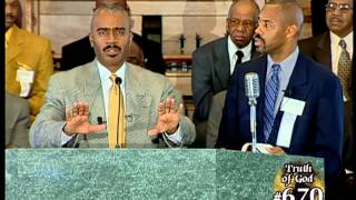 getlinkyoutube.com-Pastor Gino Jennings Truth of God Broadcast 669-672 Harry Knox Debate Part 1 of 2