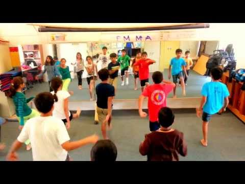 EB Bollywood Dance School: Falak Dekhun Class Practice