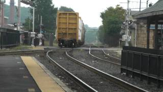 getlinkyoutube.com-CSX B721 Short mixed leaveing the yard with a good horn in Framingham MA