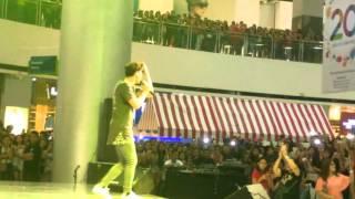 getlinkyoutube.com-Ronnie Alonte - What Do You Mean Live in Sm Davao City