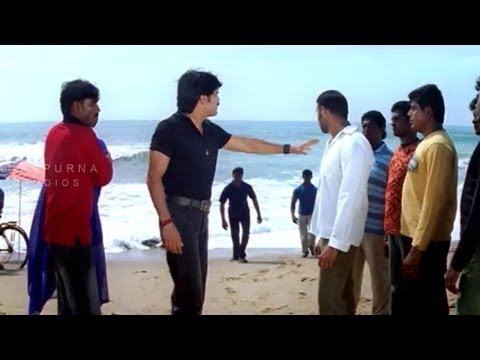 Mass Movie || Nagarjuna Saves Lovers At Beach || Nagarjuna, Jyothika