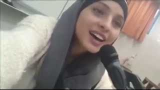 "getlinkyoutube.com-Muslim girl singing ""Tala' al Badru 'Alayna"" - طلع البدر علينا"