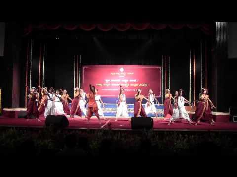 sanehalli shivakumara HPS adiyalli nine guruvada balika vachana dance